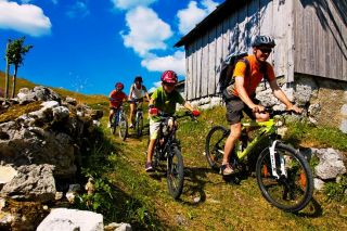 Mountain bike/Cycling