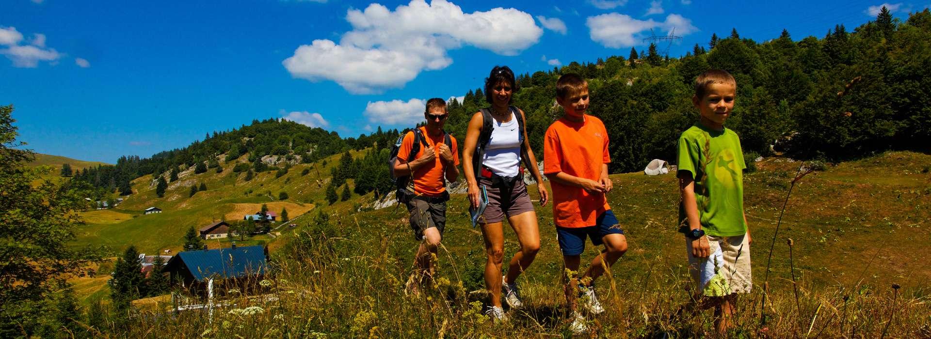 Pass montagne été randonnée Haute-Savoie