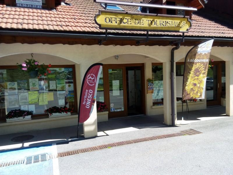 Bureau de Bellevaux Entrée