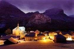 Bellevaux village by night vallee du brevon