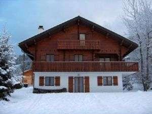 beauvais-chalet-devant-sous-la-neige-1293